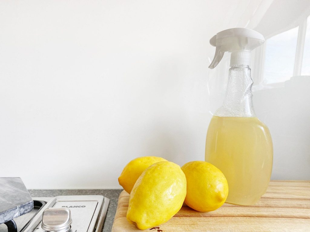 Natural Cleaning: How to Make Your Own Green Cleaners