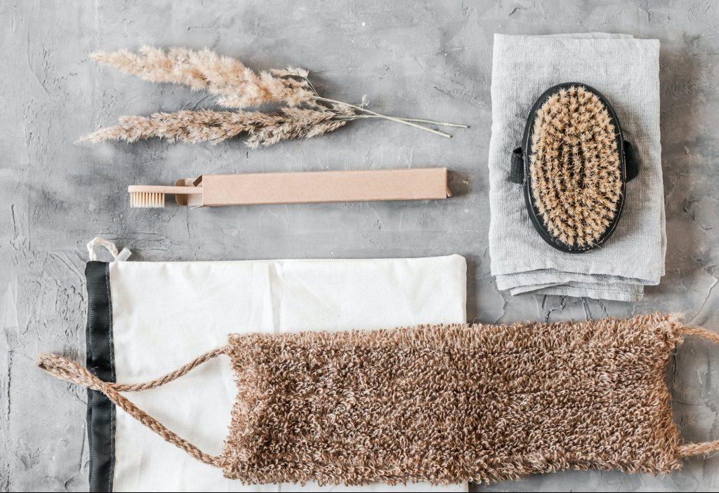 Plastic Alternatives for a Zero-Waste Home